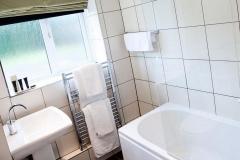 Shakespeare-Suite-Bathroom-1