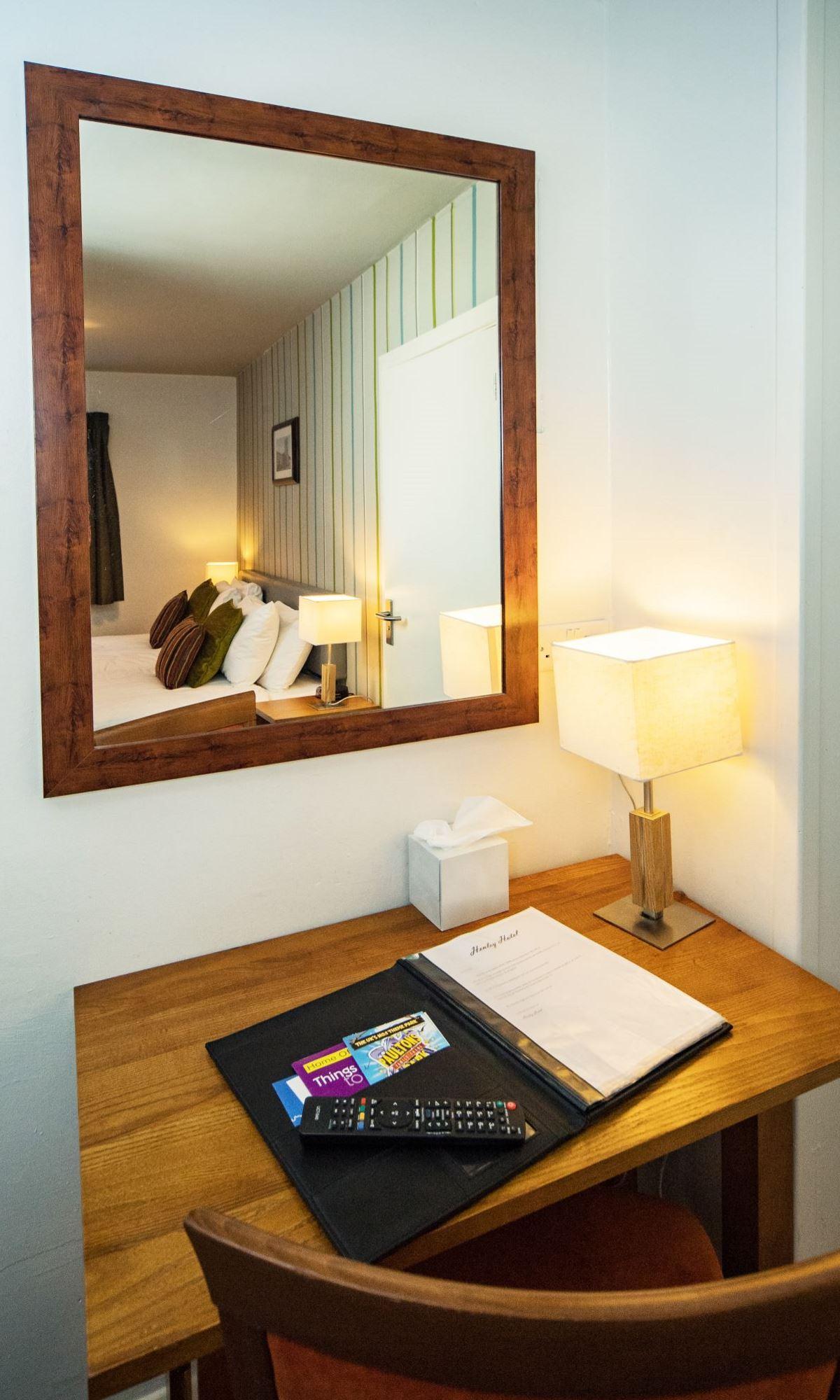 Standard-Room-8
