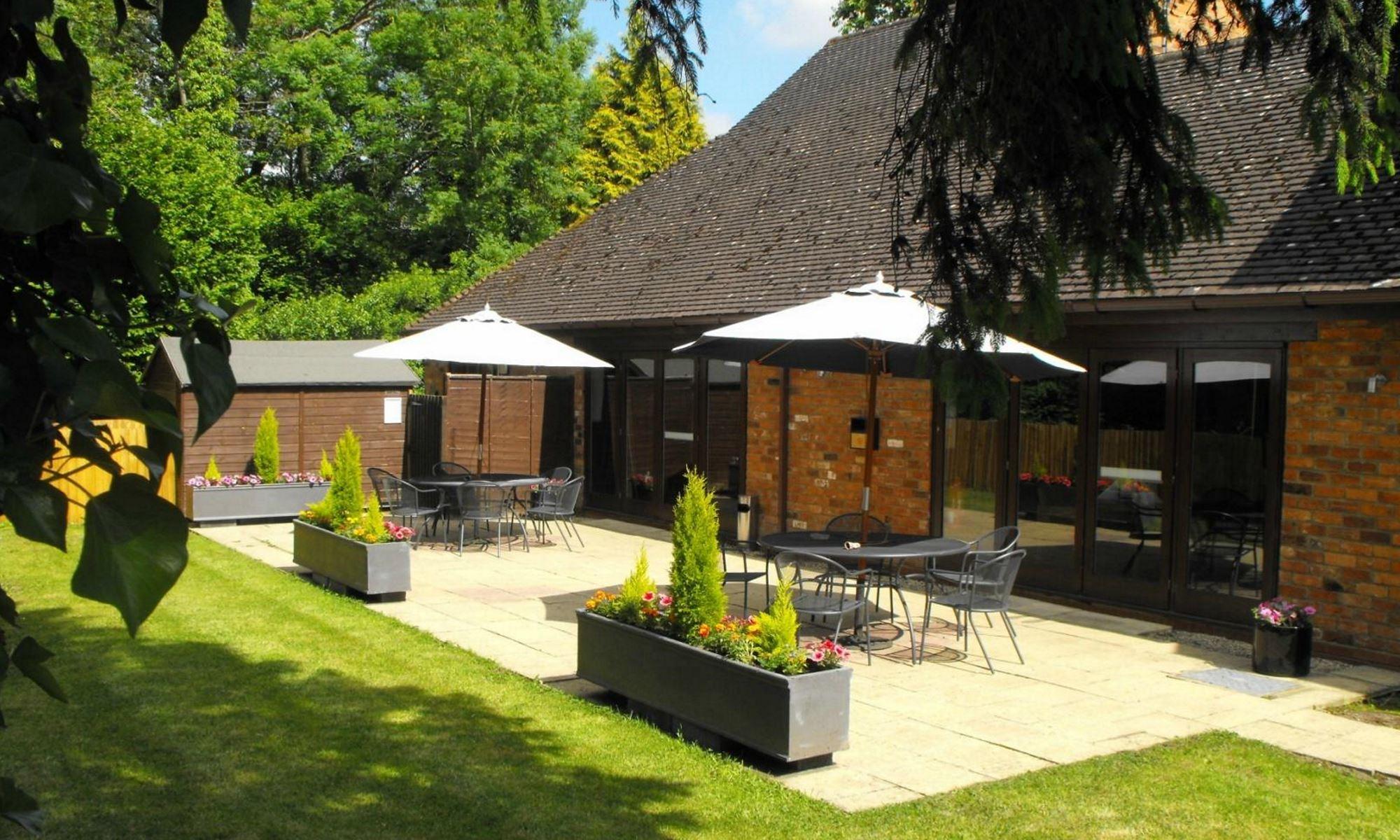 Henley Hotel - Garden