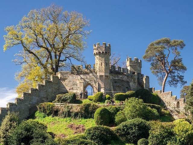 Attractions - Warwick - Castle